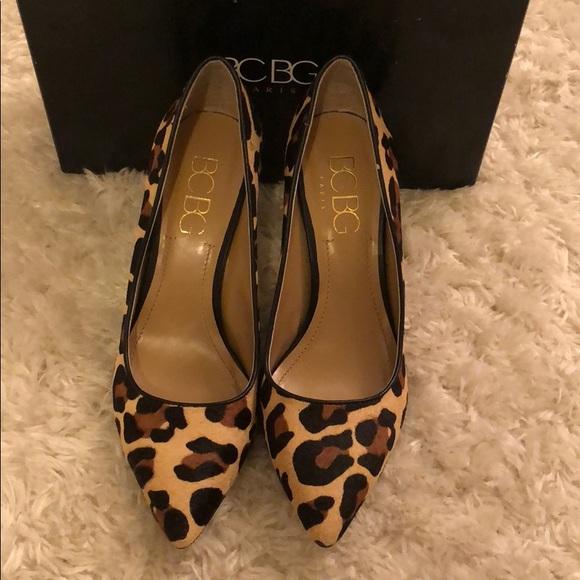 809f31eff6a BCBG Paris Leopard Print Pointed Toe Heels